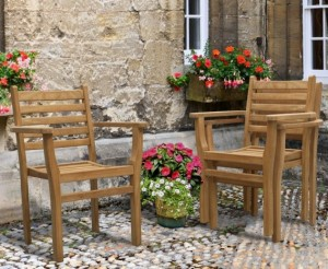 outdoor-garden-table-and-stacking-chairs-set-patio-teak-dining-set.jpg