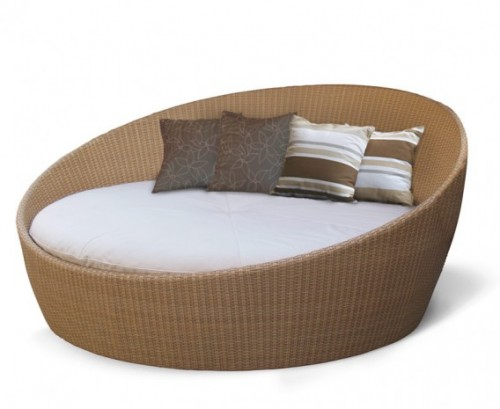 oyster-wicker-rattan-daybed-with-canopy.jpg